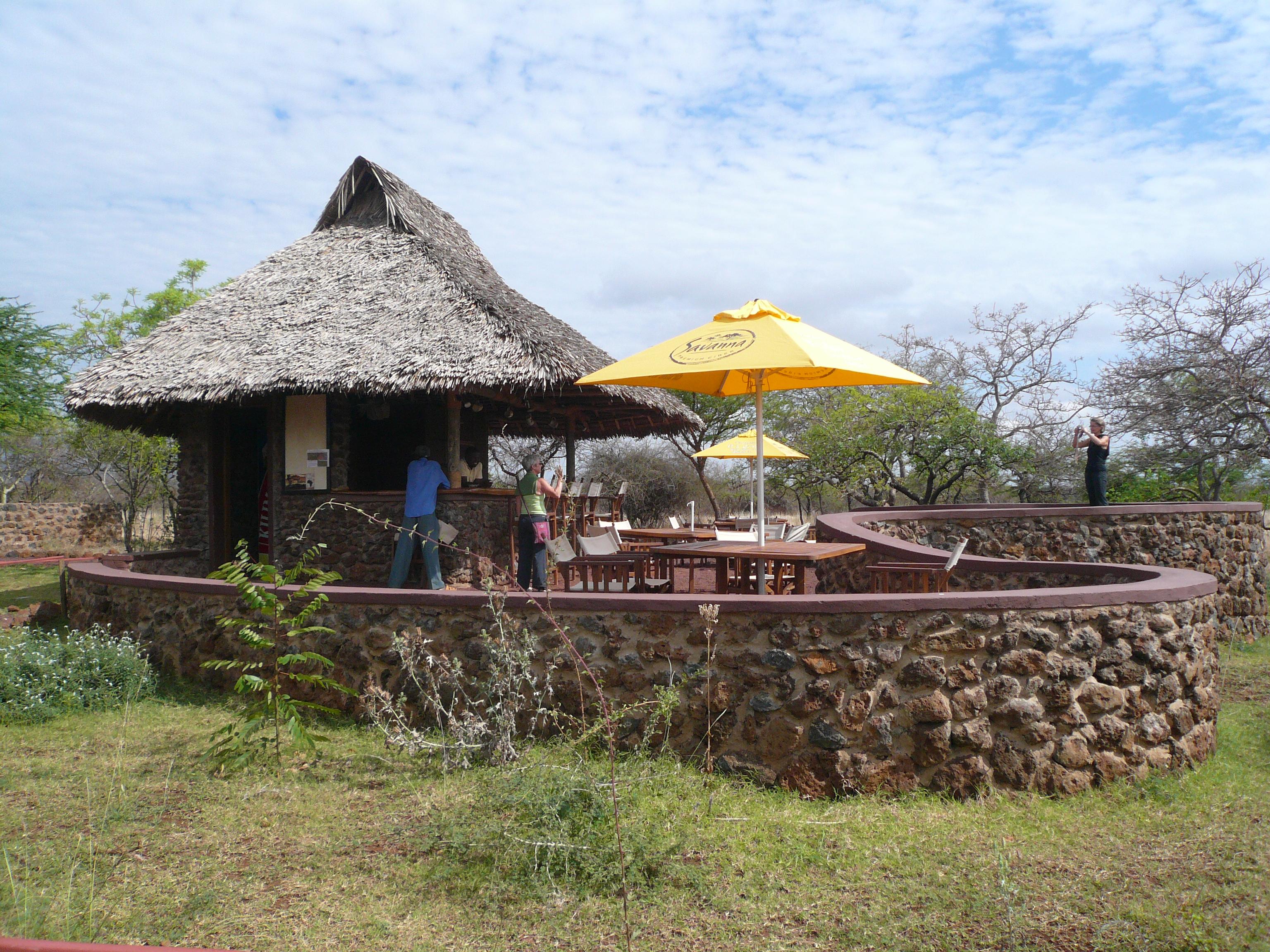 lake-chala-bar
